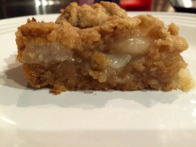 Spiced Pear Crumble Bars